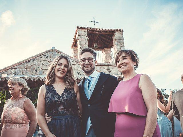 La boda de Juan y Carlota en Guadarrama, Madrid 38