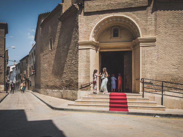 La boda de Lucho y Marta en Fuentes De Ebro, Zaragoza 12