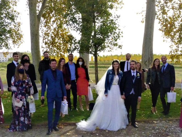 La boda de Josep y Adriana en El Castell Del Remei, Lleida 21