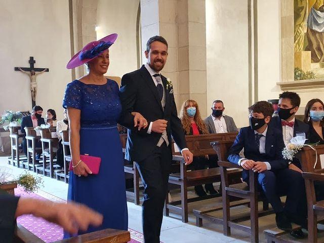 La boda de Josep y Adriana en El Castell Del Remei, Lleida 23