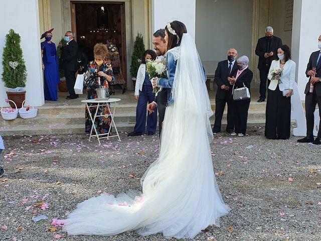 La boda de Josep y Adriana en El Castell Del Remei, Lleida 24