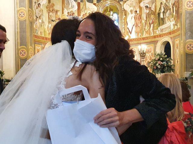 La boda de Josep y Adriana en El Castell Del Remei, Lleida 29