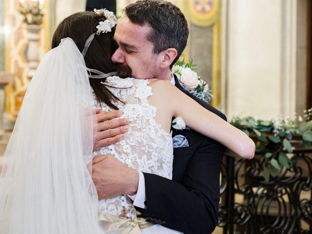 La boda de Josep y Adriana en El Castell Del Remei, Lleida 32