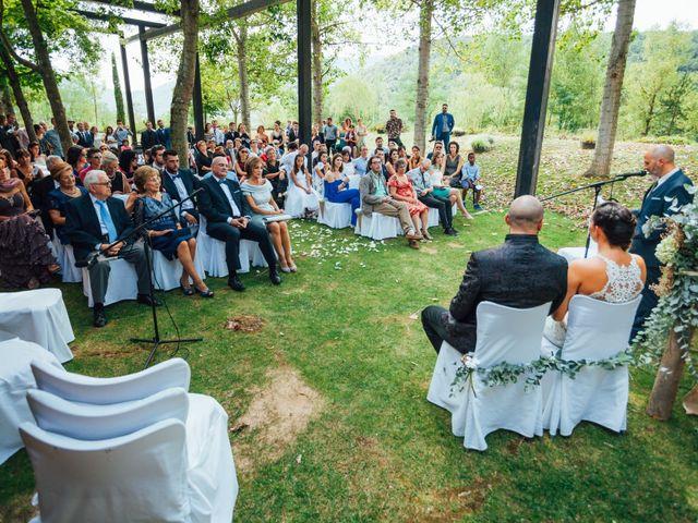 La boda de Narcís y Ester en La Vall De Bianya, Girona 14