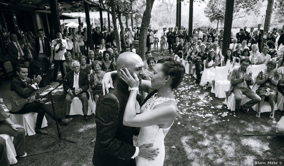 La boda de Narcís y Ester en La Vall De Bianya, Girona