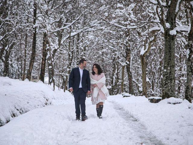 La boda de Victor y Diana en Bilbao, Vizcaya 53
