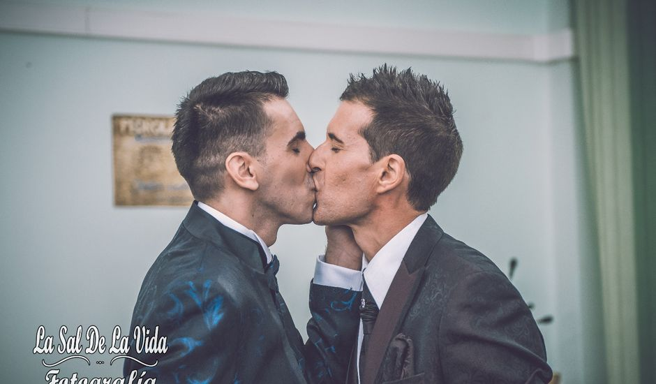 La boda de Vicente y Daniel en Zaragoza, Zaragoza