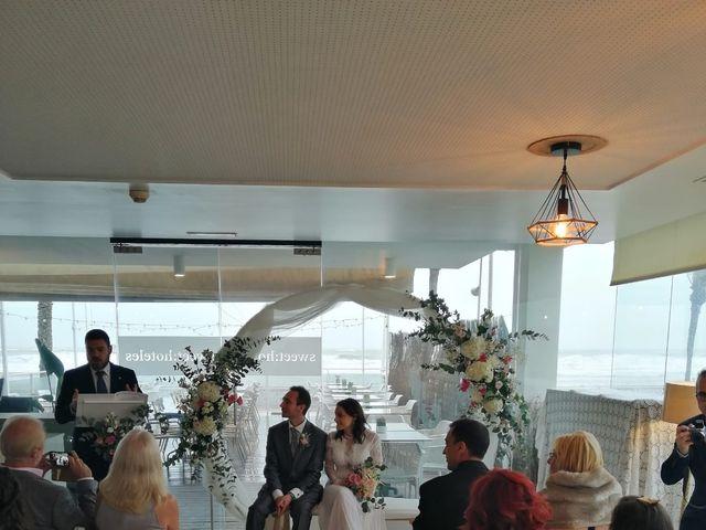 La boda de Jordan  y Arantxa en La Pobla De Farnals, Valencia 5
