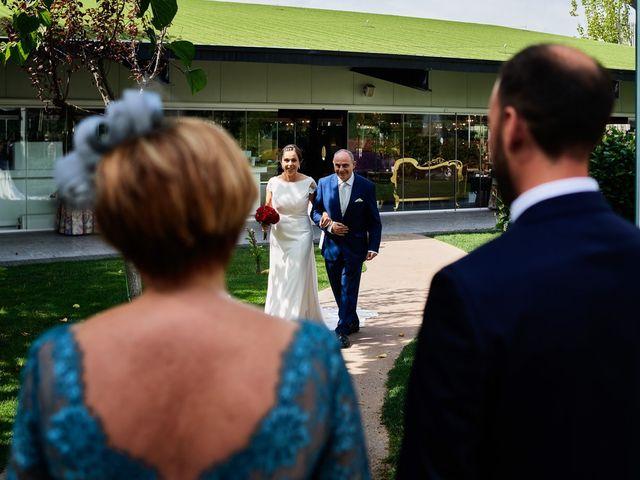 La boda de Jose y Eva en Castejon, Navarra 13