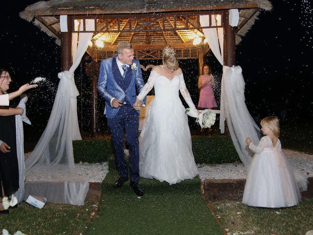 La boda de Salva y Carla en L' Ènova, Valencia 13
