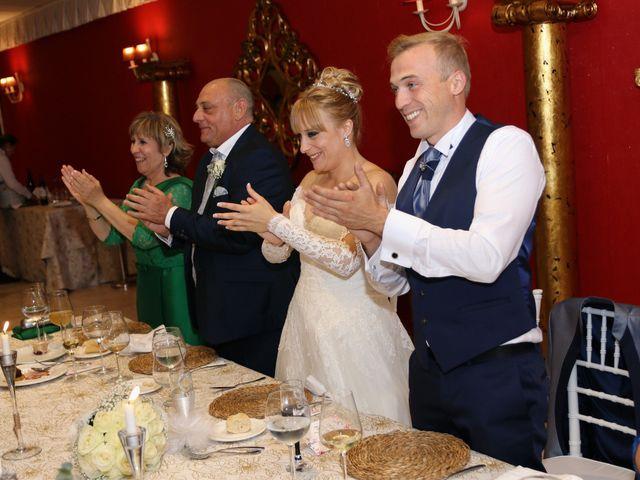 La boda de Salva y Carla en L' Ènova, Valencia 15