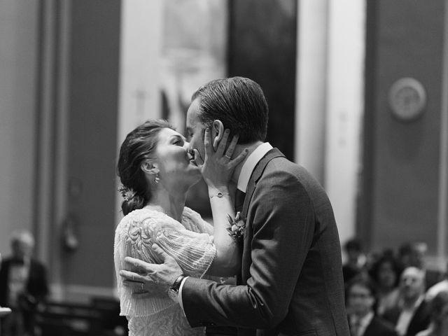 La boda de Juan y Chiara en Barcelona, Barcelona 35