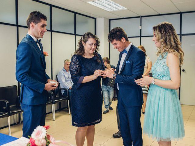 La boda de Valentin y Bianca en Castelló/castellón De La Plana, Castellón 11