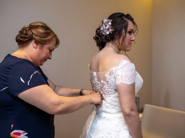 La boda de Valentin y Bianca en Castelló/castellón De La Plana, Castellón 32