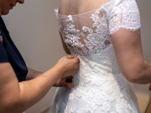 La boda de Valentin y Bianca en Castelló/castellón De La Plana, Castellón 33