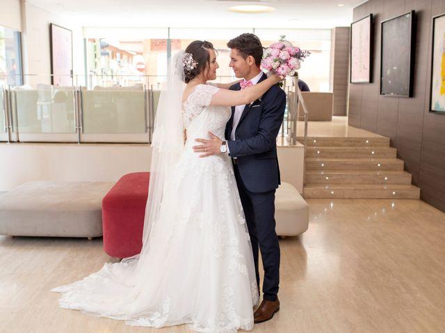 La boda de Valentin y Bianca en Castelló/castellón De La Plana, Castellón 38