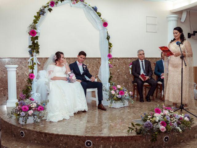 La boda de Valentin y Bianca en Castelló/castellón De La Plana, Castellón 41