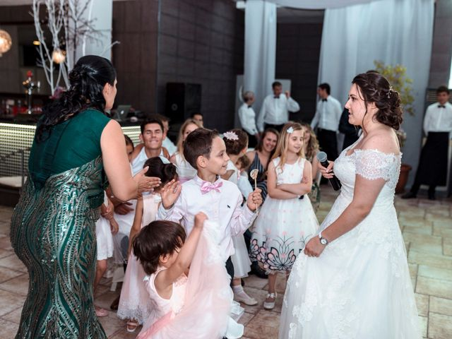 La boda de Valentin y Bianca en Castelló/castellón De La Plana, Castellón 53