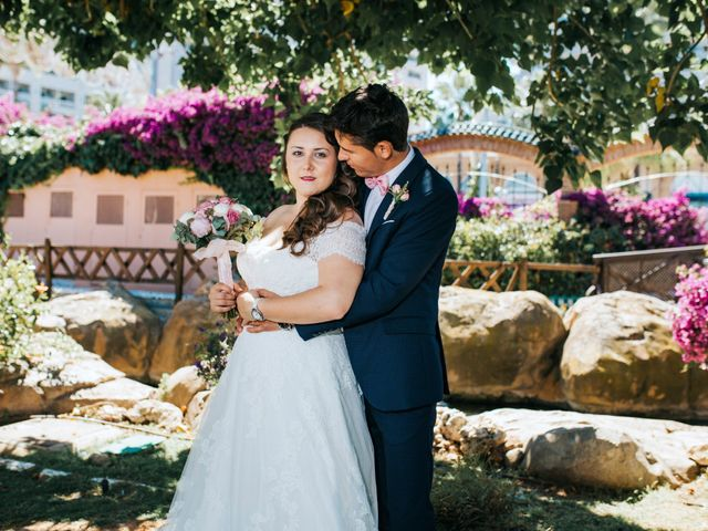 La boda de Valentin y Bianca en Castelló/castellón De La Plana, Castellón 65