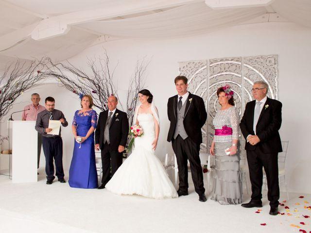 La boda de Sergio y Leticia en Venta Del Pobre, Almería 23