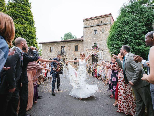 La boda de Daniel y Natalia en Villabona (Llanera), Asturias 48