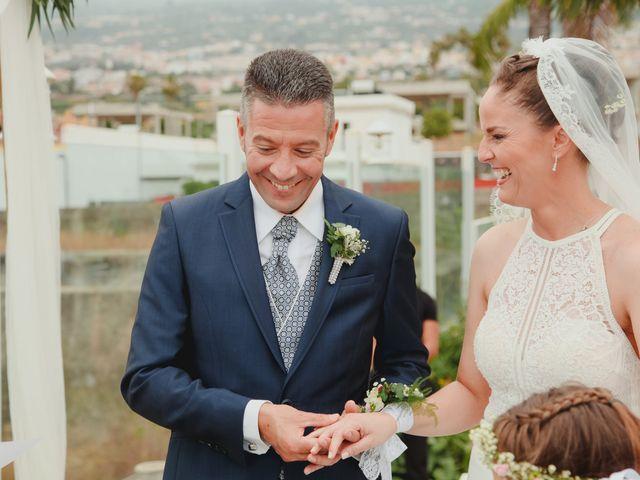 La boda de Quique y Vane en Puerto De La Cruz, Santa Cruz de Tenerife 10