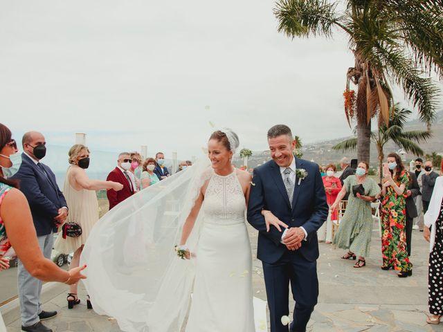 La boda de Quique y Vane en Puerto De La Cruz, Santa Cruz de Tenerife 12