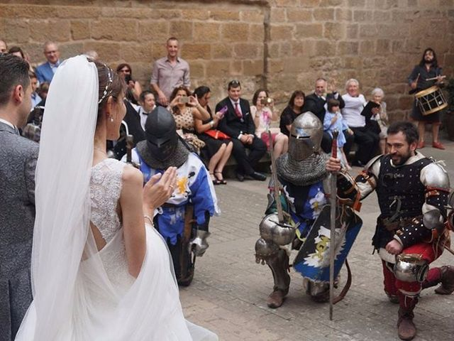 La boda de José Miguel y Olga en Olite, Navarra 1