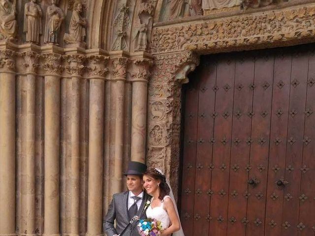 La boda de José Miguel y Olga en Olite, Navarra 2