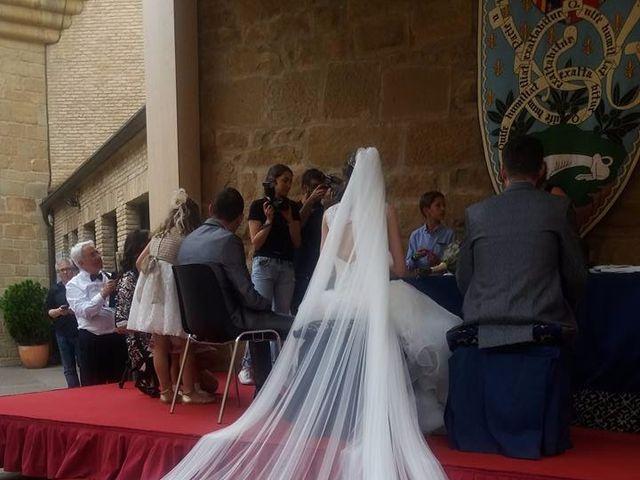 La boda de José Miguel y Olga en Olite, Navarra 5