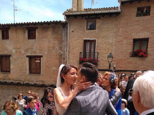 La boda de José Miguel y Olga en Olite, Navarra 9