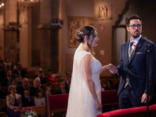La boda de Jose y Laura en Vilanova Del Valles, Barcelona 23