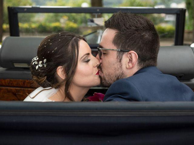 La boda de Jose y Laura en Vilanova Del Valles, Barcelona 29