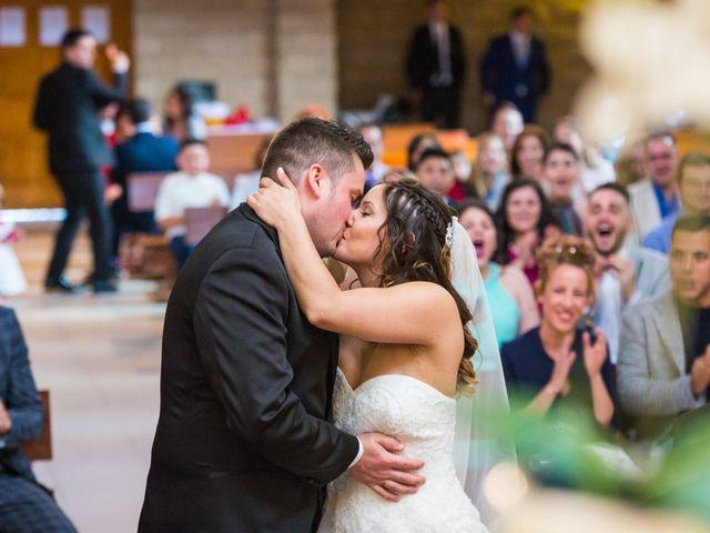 La boda de Alejandro y Patricia en Navalcarnero, Madrid 16