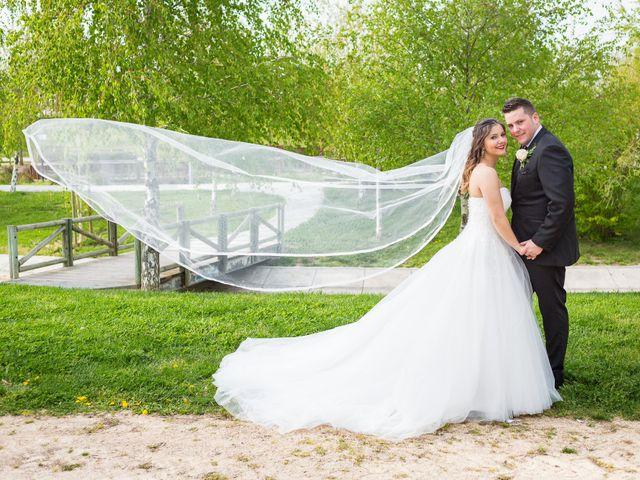 La boda de Alejandro y Patricia en Navalcarnero, Madrid 23