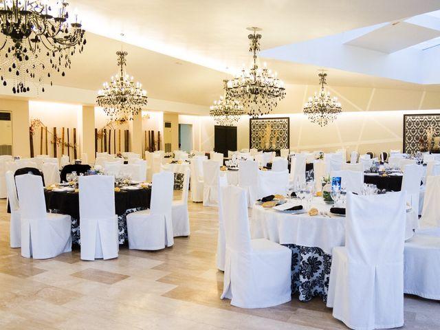La boda de Alejandro y Patricia en Navalcarnero, Madrid 34