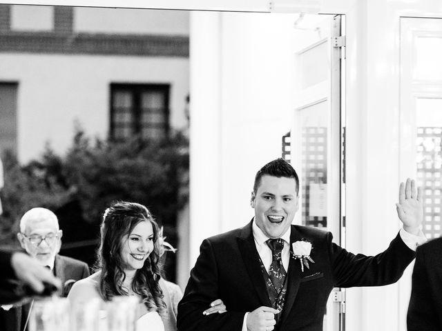 La boda de Alejandro y Patricia en Navalcarnero, Madrid 37