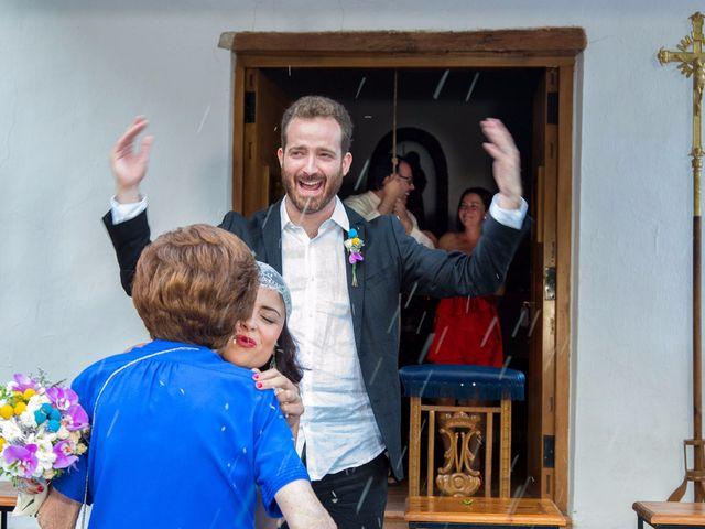 La boda de Miguel y Diana en Sot De Chera, Valencia 15