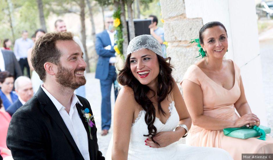La boda de Miguel y Diana en Sot De Chera, Valencia