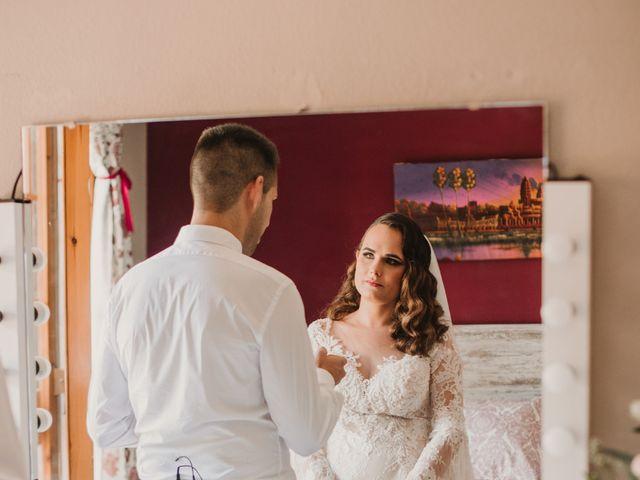 La boda de Ismael y Sara en Santa Coloma De Gramenet, Barcelona 28
