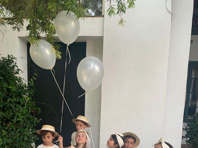 La boda de Amparo y Javi  en Valencia, Valencia 8