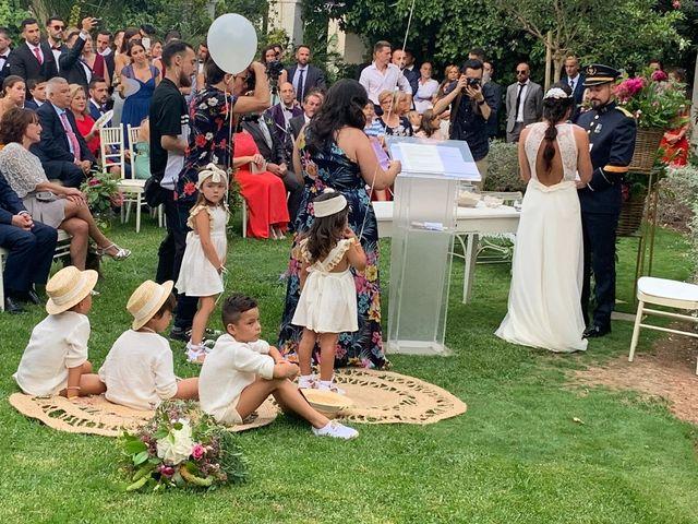 La boda de Amparo y Javi  en Valencia, Valencia 11