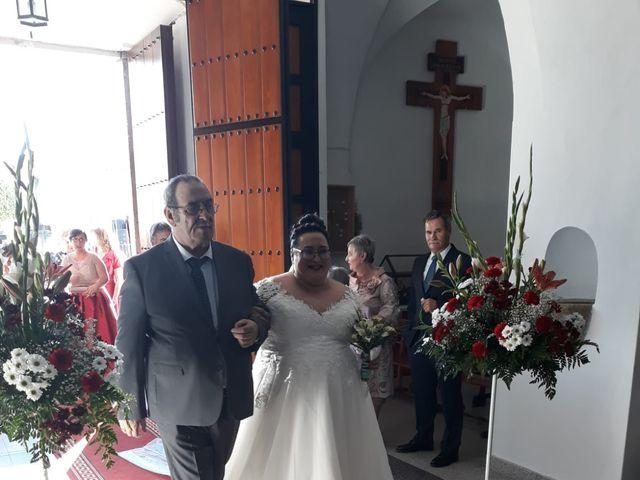 La boda de Carlos y Mila en Santa Amalia, Badajoz 7