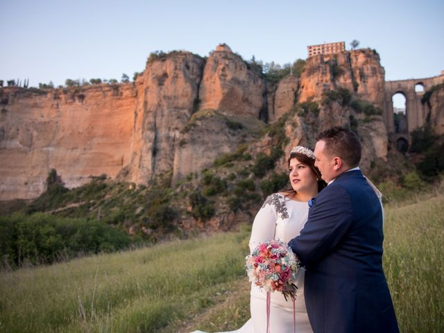 La boda de Pedro y Cristina en Prado Del Rey, Cádiz 3