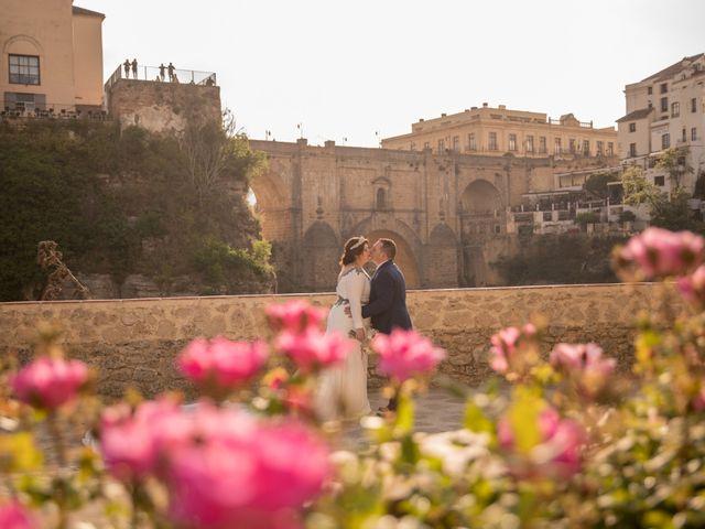 La boda de Pedro y Cristina en Prado Del Rey, Cádiz 5