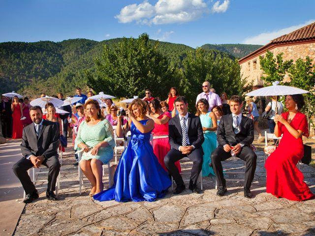 La boda de Miguel y Laura en Salobre, Albacete 15