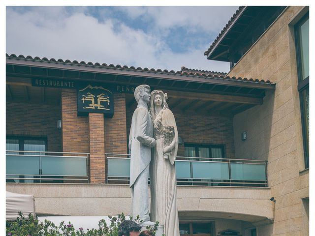 La boda de Eduardo y Emma en Villaviciosa, Asturias 33