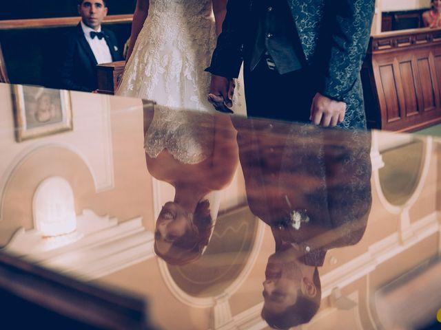 La boda de Isaac y Rebeca en Castelló/castellón De La Plana, Castellón 12