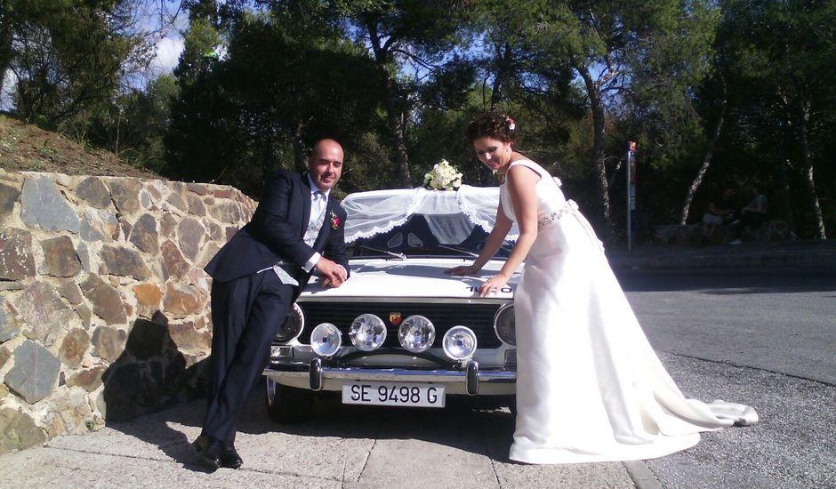 La boda de Juan Antonio y María Cinta en Málaga, Málaga