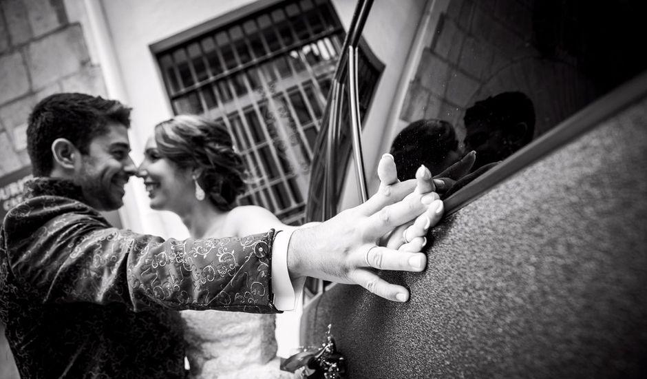 La boda de Isaac y Rebeca en Castelló/castellón De La Plana, Castellón